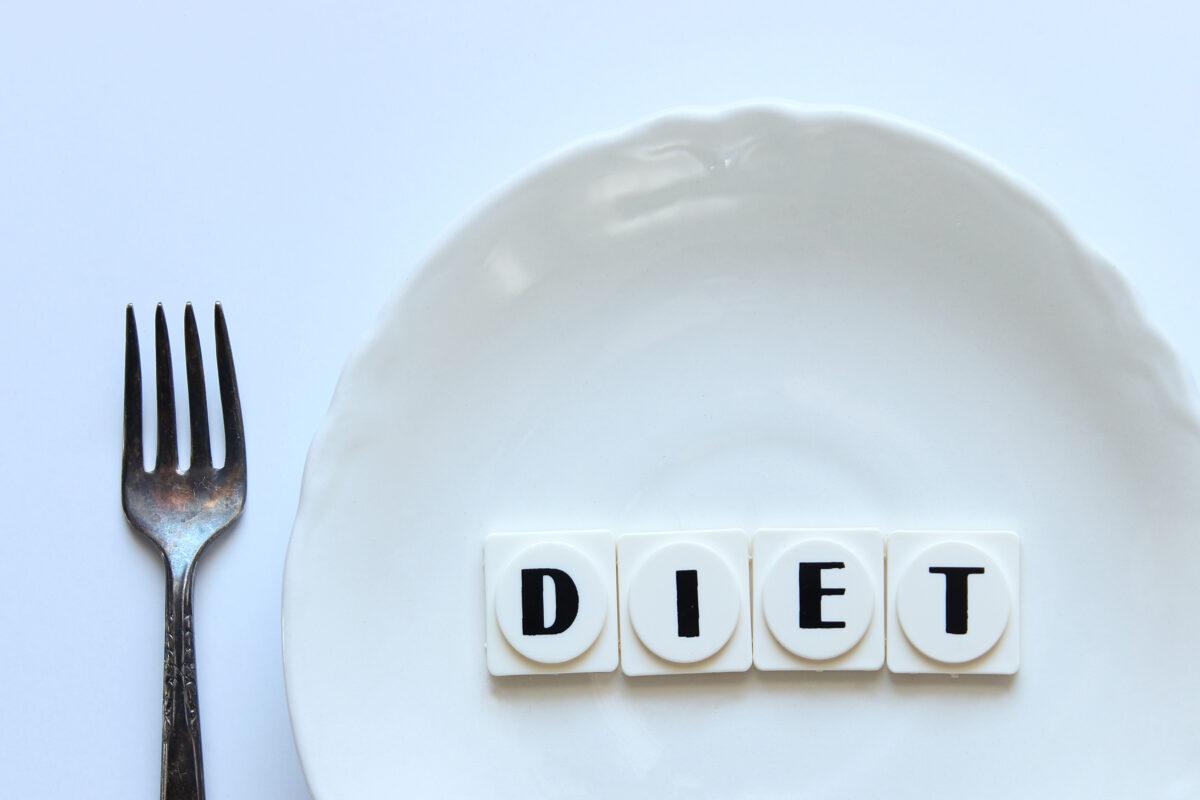 Nel 1992, due italiani crearono la Crono-Dieta. Ma di cosa si tratta nel dettaglio? E quali vantaggi e benefici apporta al nostro corpo?
