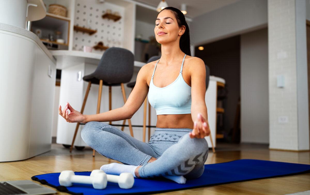 Scopriamo insieme in questo articolo quali tecniche di rilassamento possiamo applicare che abbiano effetto a livello muscolare e mentale.