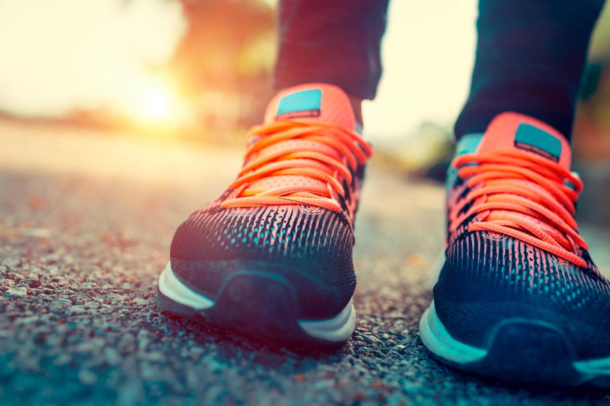 Per intraprendere un percorso di dimagrimento associato al footing bisogna prima analizzare ciò che avviene nel nostro corpo. Vediamo come.