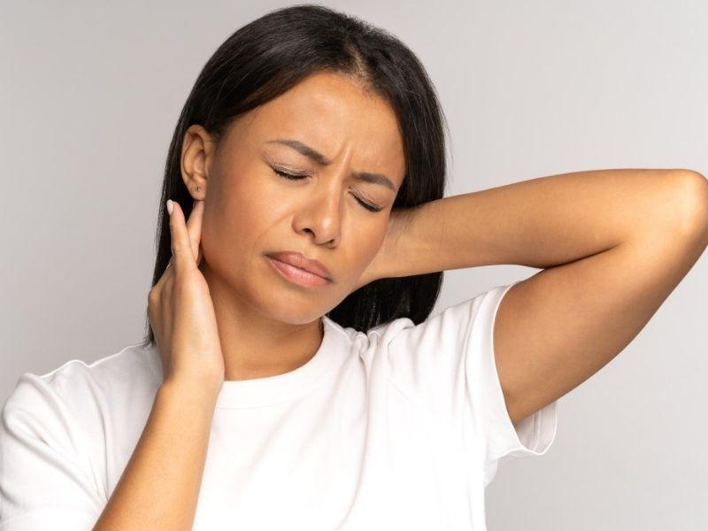 Ozonoterapia cervicale è una terapia specifica per recuperare le totali funzionalità di movimento del collo